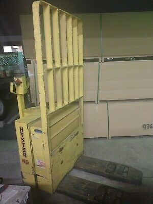 Hyster Model W40bl 4000 Lb Capacity Electric Pallet Jack