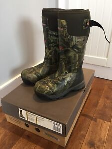 LACROSSE WOMENS HUNTING / FISHING BOOTS