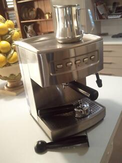 Sunbeam pu6910 cafe coffee machine coffee machines gumtree sunbeam coffee machine fandeluxe Image collections