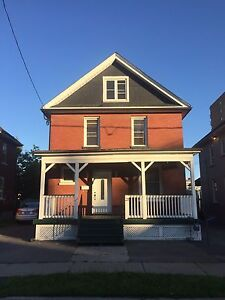 2-bedroom of a detached house downtown Oshawa