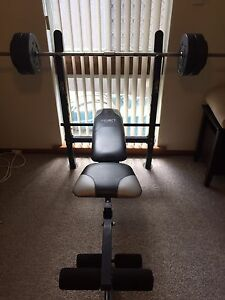 Bench press with leg extension Lynwood Canning Area Preview