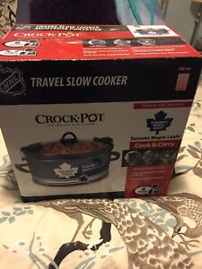 Toronto maple leafs slow cooker new in box