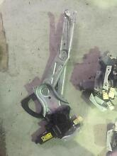HOLDEN COMMODORE VT VX VU VY VZ RIGHT HAND FRONT WINDOW REGULATOR Kingswood Penrith Area Preview