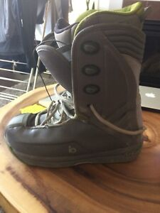 Ride Snowboarding boots size us 12