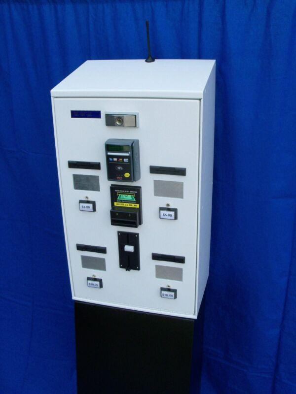 XCP Model 5004 Card & Ticket Vending Machine With Nayax Credit Card Terminal