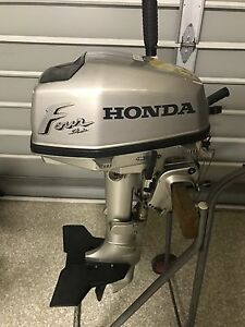 Honda 5hp 4 Stroke Outboard Motor Bundall Gold Coast City Preview