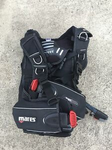 Mares BCD Icon mrs Plus, size large, regulator and dive computer Broadbeach Gold Coast City Preview
