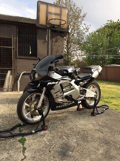 CBR 250RR MC22