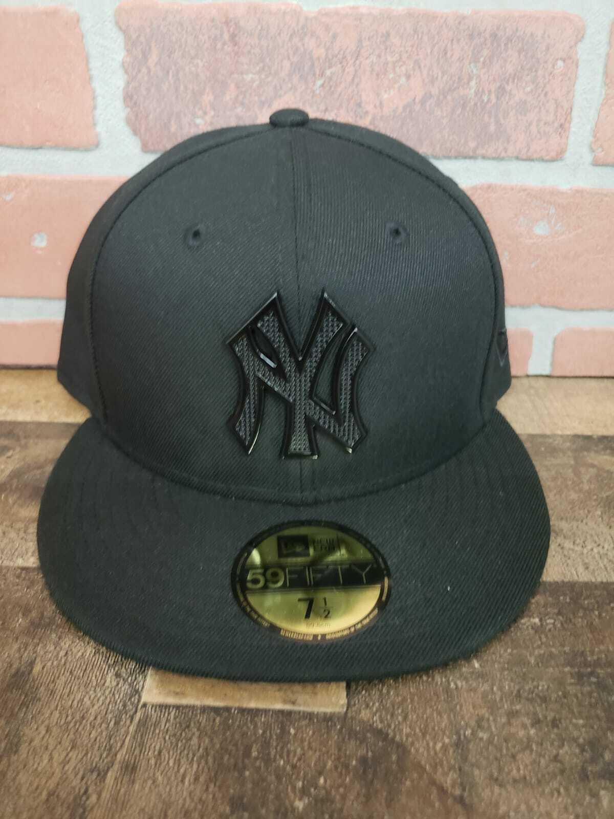 New Era 59FIFTY MLB New York Yankees Metallic Emblem Men's F