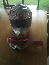 Womens motorbike helmet  & mask Atherton Tablelands Preview