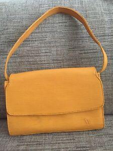 Wanted: Louis Vuitton mustard bag