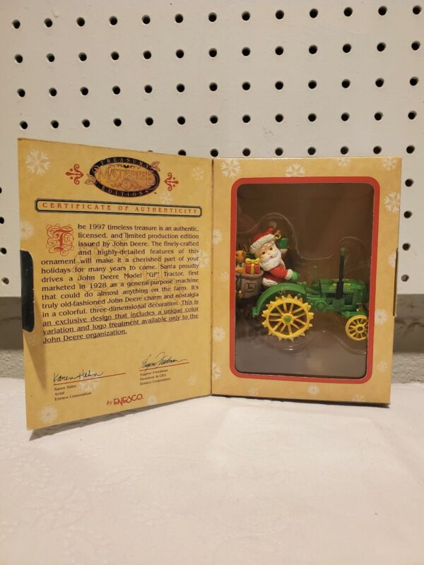 ENESCO Masterpiece Treasury JOHN DEERE TRACTOR W/ SANTA Christmas ORNAMENT MIB