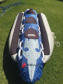 Inflatable 3'seater banana boat