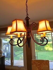 5 lite Chandelier with shades