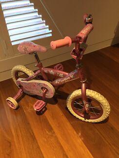 Pink bike  Middle Park Port Phillip Preview