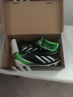 Brand New, Football / Soccer shoes