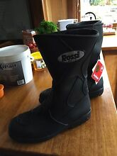 Rossi 811 motorcycle boots brand new size 11 Cygnet Huon Valley Preview