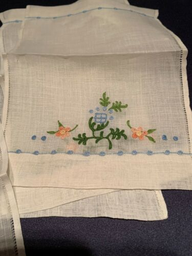 Lovely Setof 6 Antique Hand Tambour Embroidered Fine Linen Cocktail Tea Napkins