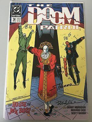 Doom Patrol (1987 2nd Series) #24 Signed by Richard Case and Scott Hanna NM Near