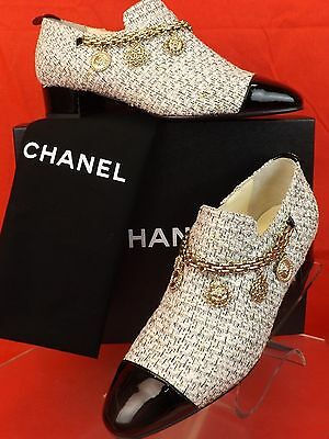 NIB CHANEL ECRU TWEED GOLD CHARMS COINS CHAIN BLACK PATENT CAP TOE LOAFERS 39