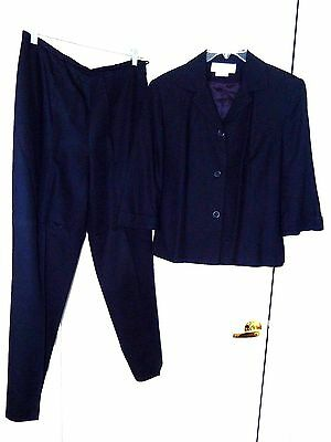 Cross Country Fashions Pant Suit-size 10, navy   Fully lined