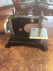 Little Old Hand Crank Toy Sewing Machine