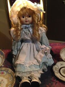 Princess House Exclusive doll