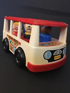 Vintage 1969 Fisher-Price Mini-Bus #141 with 4 Little People.