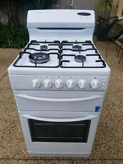 WESTINGHOUSE 54CM NATURAL GAS FAN FORCED STOVE