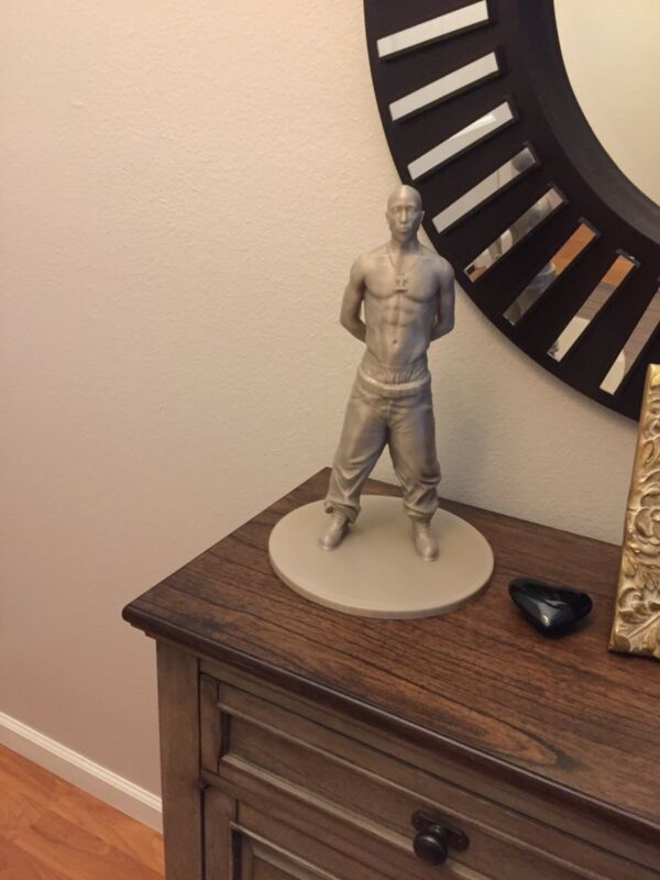 Tupac Shakur 3D Printed Statue 2 Pac