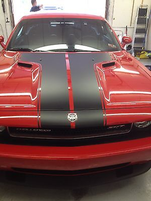 DODGE CHALLENGER T-STRIPE OUT LINE HOOD DECAL SOLID  STRIPE FACTORY -