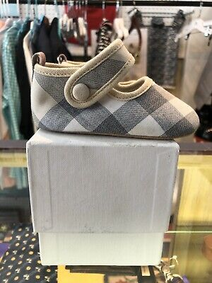 BURBERRY Pale Robyn Classic Nova Check Baby Shoes Sz 19 with Box
