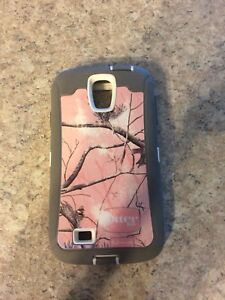 Pink tree otter box case for Samsung galaxy s4