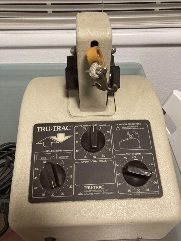 SUNRISE MEDICAL TRU-TRAC TT-92B12 PORTABLE INTERMITTENT TRACTION THERAPY MACHINE