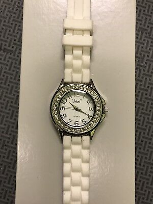(VIVANI RHINESTONE LADIES WATCH White SILICONE/RUBBER BAND SILVER TONE CASE)