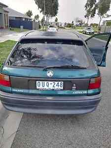 Holden Astra 1998 Cranbourne West Casey Area Preview