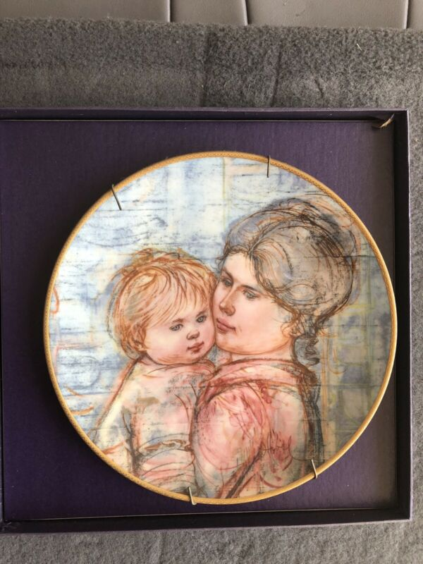 Edna Hibel A Time To Embrace Collectors March Of Dimes Porcelain Plate 1990