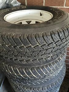 "4 near Brand new 31 inch tyres and used white Sunraysia 15"" Cranbourne North Casey Area Preview"