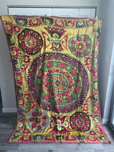 uzbek embroidered suzani textile wall hanging bedspread tapestry vintage