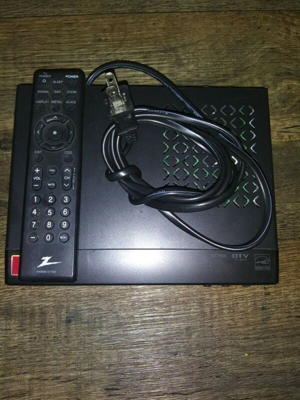 ZENITH DTT900 Digital TV TUNER CONVERTER BOX DTV  WITH REMOTE - TESTED WORKING
