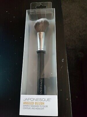 Japonesque Angled contour highlight colour bronzer Brush Professional Quality