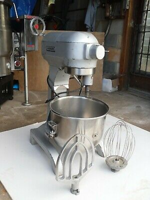Hobart 20 Qt Food Mixer Model A-200 That Comes With Bowl Whisk Paddle