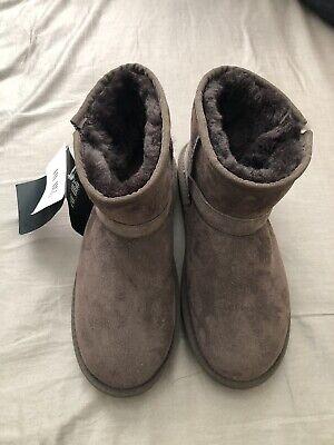 UGG Women's Sheepskin Upper Rubber Sole Buckle Boots Brown New