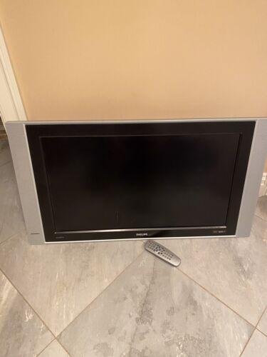 """PHILIPS FLATSCREEN 28"""" TV"""