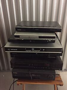 DVD players for sale take all $10