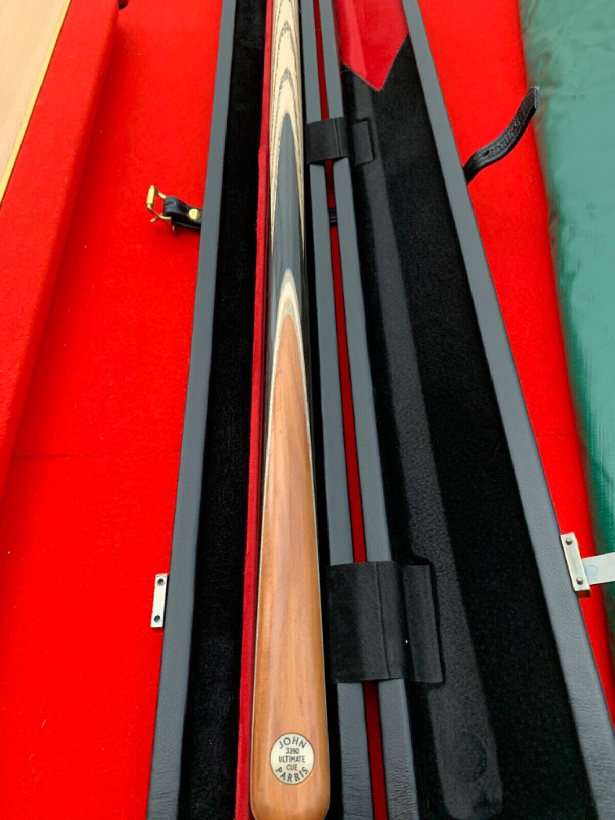 John Parris ultimate one piece ash cue brand new