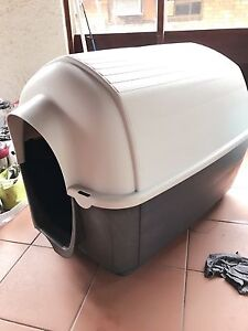 XL Dog Cage for sale Ashmore Gold Coast City Preview