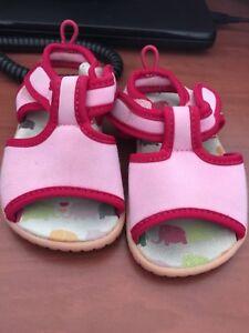 Baby Gap Size 6 sandal