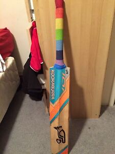 Kookaburra cricket bat impulse 700 Canning Vale Canning Area Preview