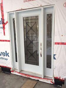 Custom Front Door with 2 side lights Kitchener / Waterloo Kitchener Area image 2